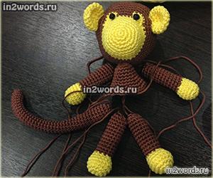 Обезьянка в юбке. Handmade игрушка. Вязание крючком. Искусство Амигуруми.