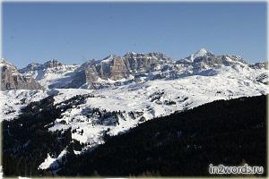 Предания и снежные склоны долины Валь-ди-Фасса (Val di Fassa) в Италии